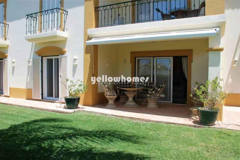 2-bed apartment in prime position at a golf course near Carvoeiro